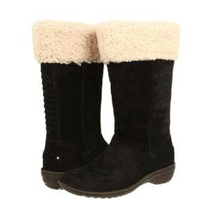 UGG Shoes - NIB UGG KARYN SUEDE BOOTS  US5